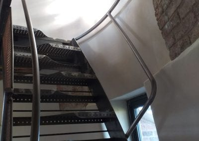 Bespoke Space-Saver Paddle-Style Staircase Lower